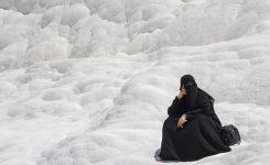 Waarom en van wie moet de moslima haarzelf bedekken, en is het vrouwen onderdrukking?
